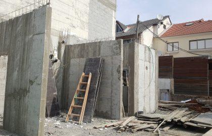 תהליך בניית בית בבניה ירוקה (בנייה בת-קיימא)